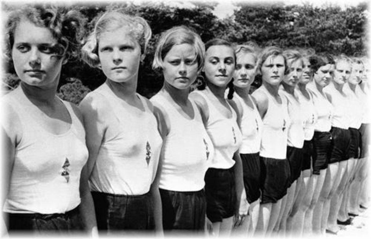 the-nazi-policies-put-in-place-to-domesticate-nazi-women-1933