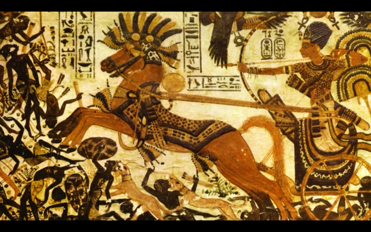 """""""The Wooden Chest of Tutankhamun"""", created between 1417 and 1379 B.C. It depicts the Egyptian king defeating the Nubians. Again, there is a clear difference."""