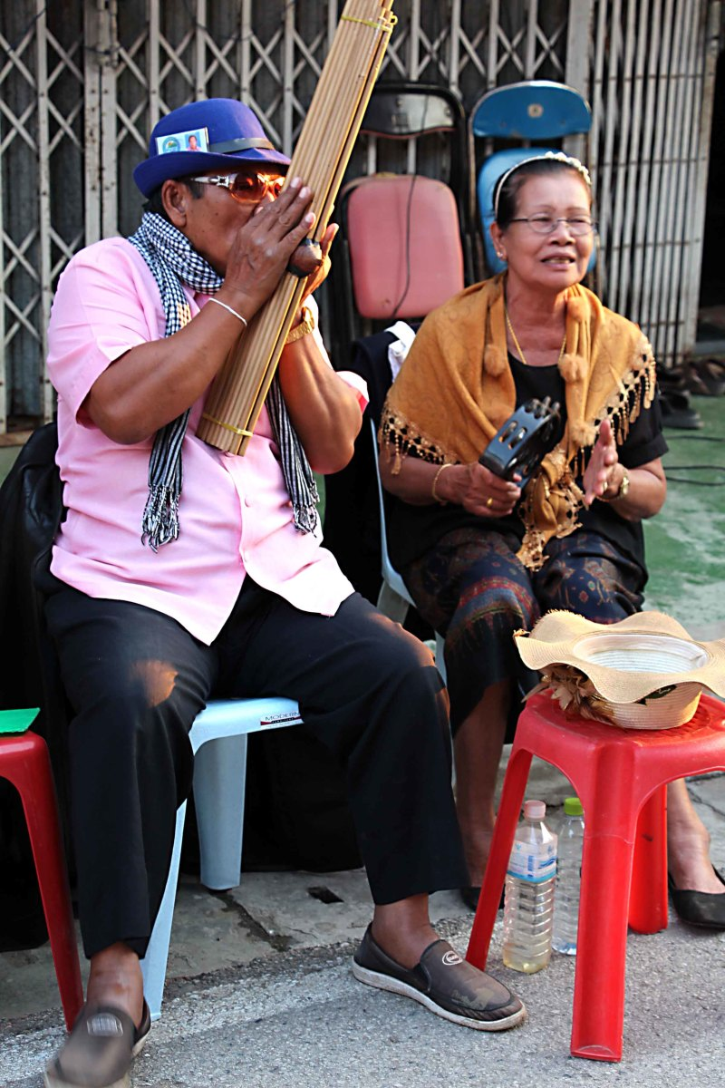 Anyone who has an interest in the more unusual musical instruments of the world, will have a field day in Chiang Khan