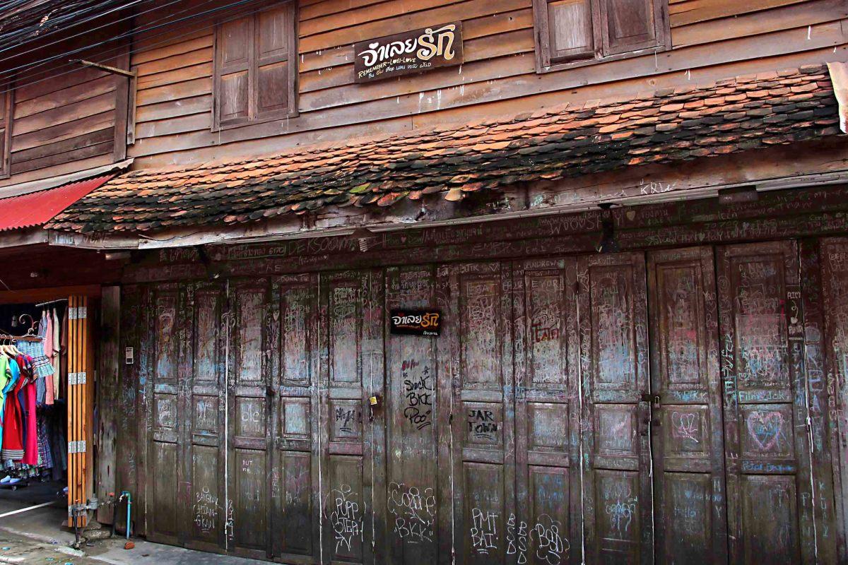chiangkhan-walkingstreet
