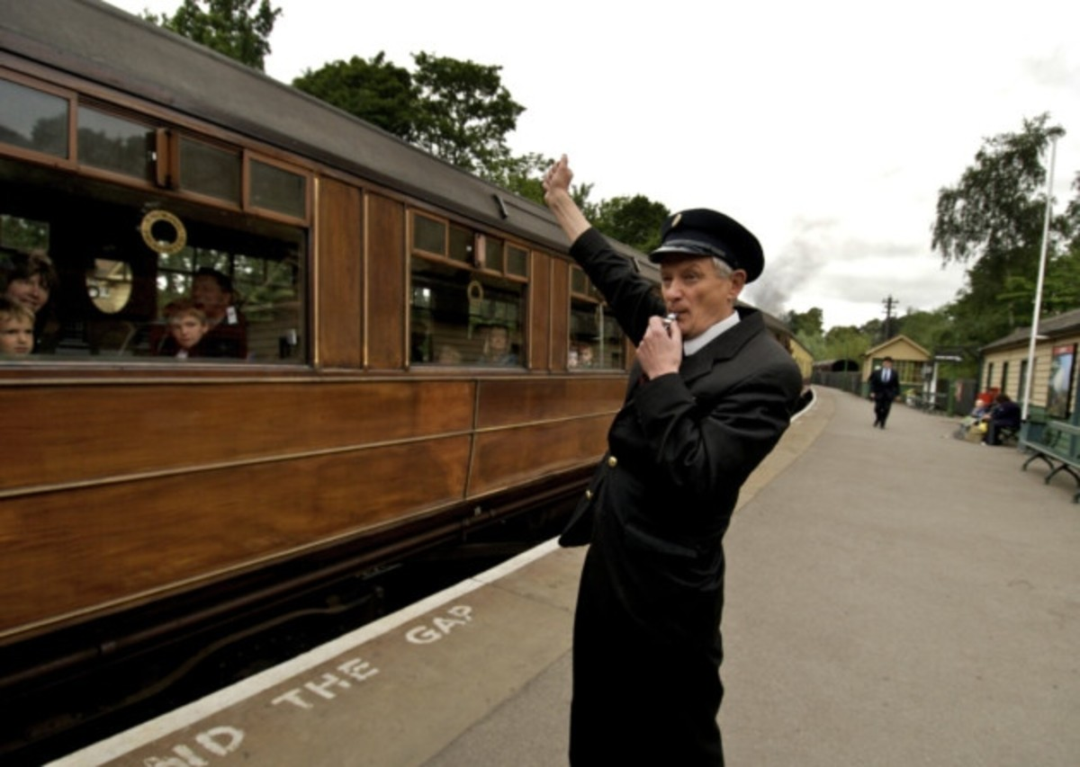TRAVEL NORTH - 49: PICKERING ROUND TRIP, A Look Back Into The Town's Railway Past