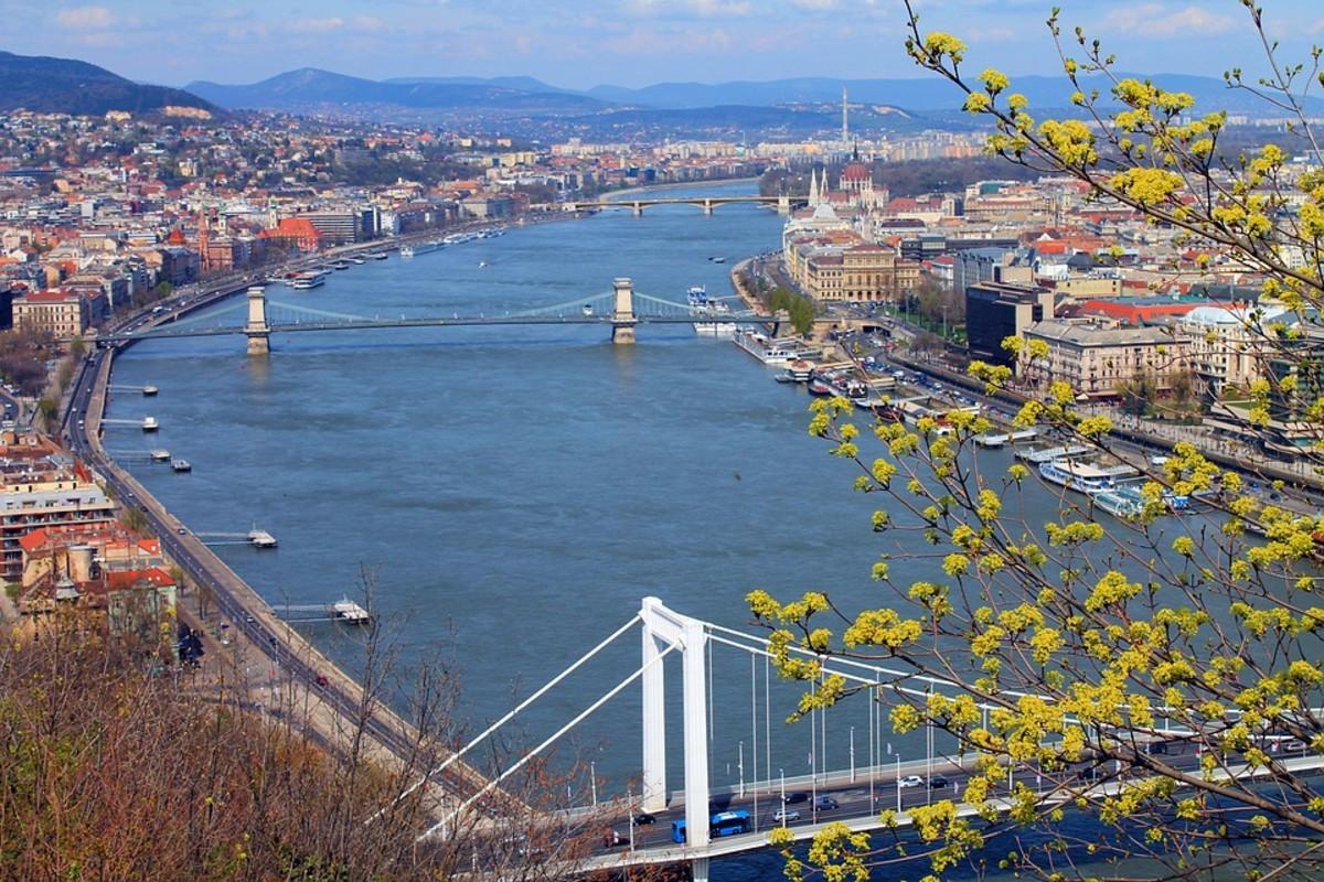 13-beautiful-budapest-panoramas