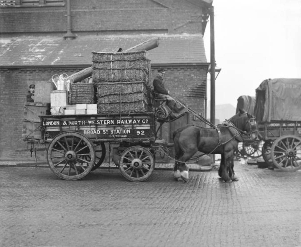 Two-horse London & North Western Railway delivery cart loaded up and ready to go from Broad Street Goods Depot, Central London (next door to the Great Eastern's Liverpool Street Station, EC2) - you can almost hear the springs groan!