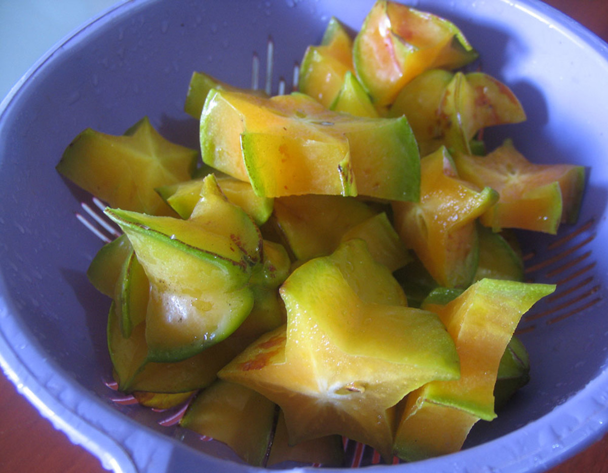 Cutting star fruit