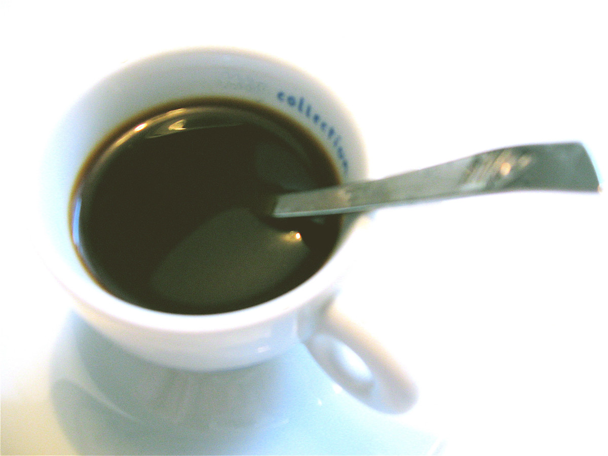 "Simple Espresso always called ""un Caffe"""