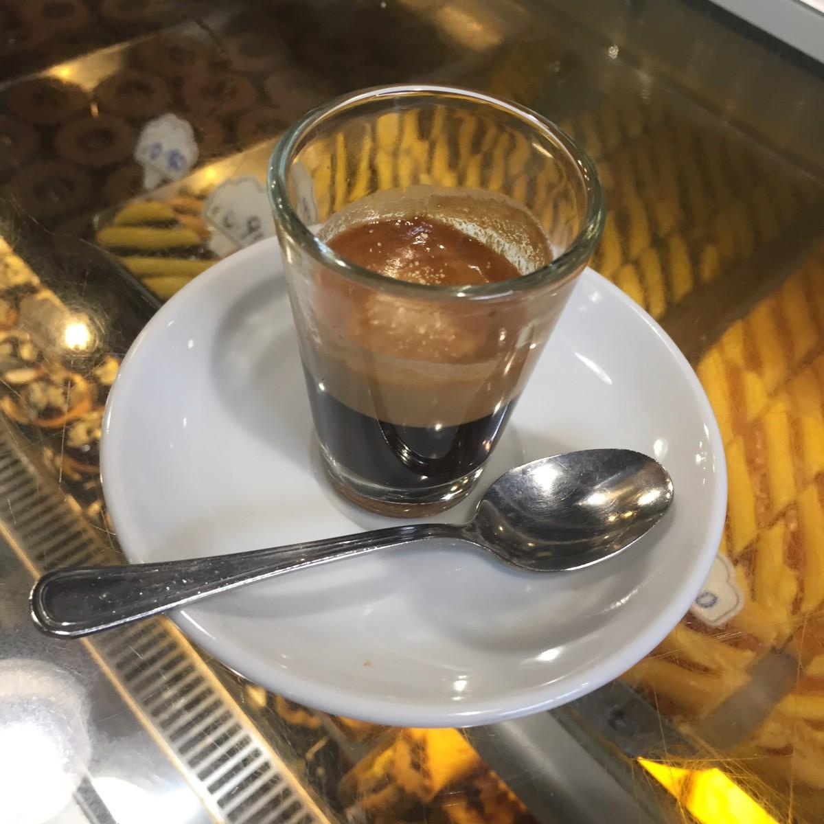 Caffe Lungo Al Vetro.