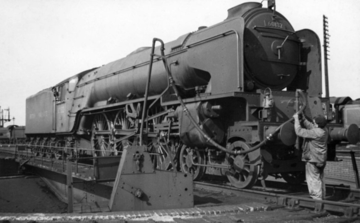 One of the shed staff at Grantham captured 60132 of Gateshead (52A) Augustm 1949 before she received her name plate, 'Marmion' (several were given names of characters from Sir Walter Scott's novels)