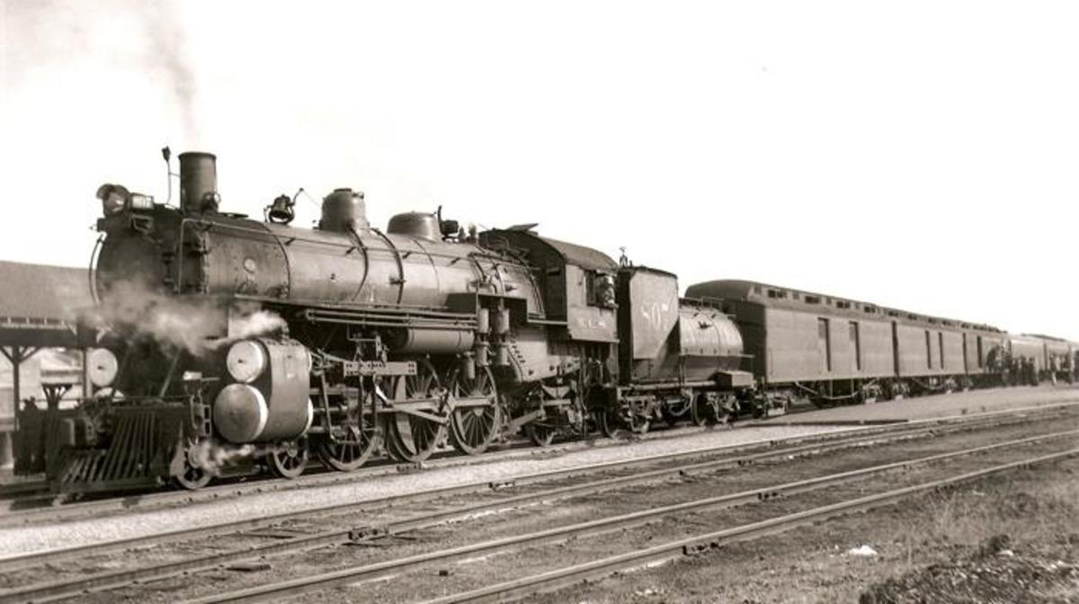 Kansas City Southern Train near Spiro, just north of Poteau, Oklahoma