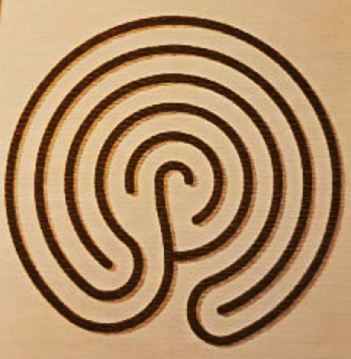 A sketch of the design of the Troy Town Maze.