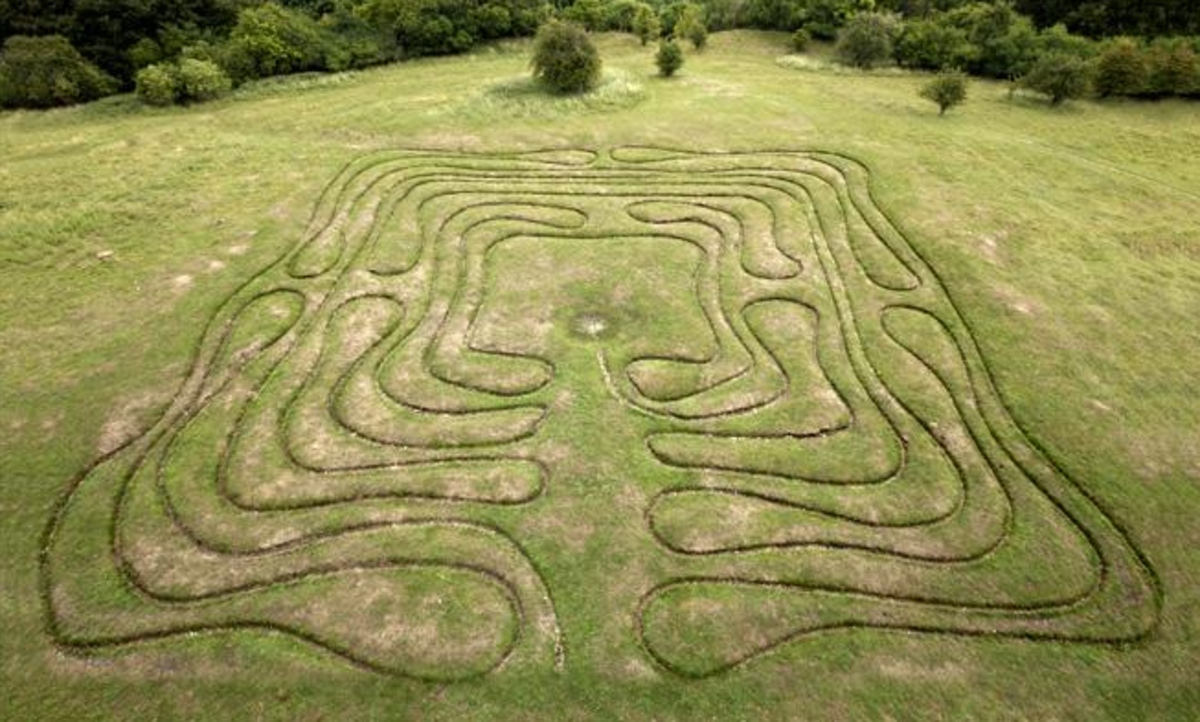Aerial view of the Miz Maze on St Catherine's Hill, Winchester, by Rod Varley.