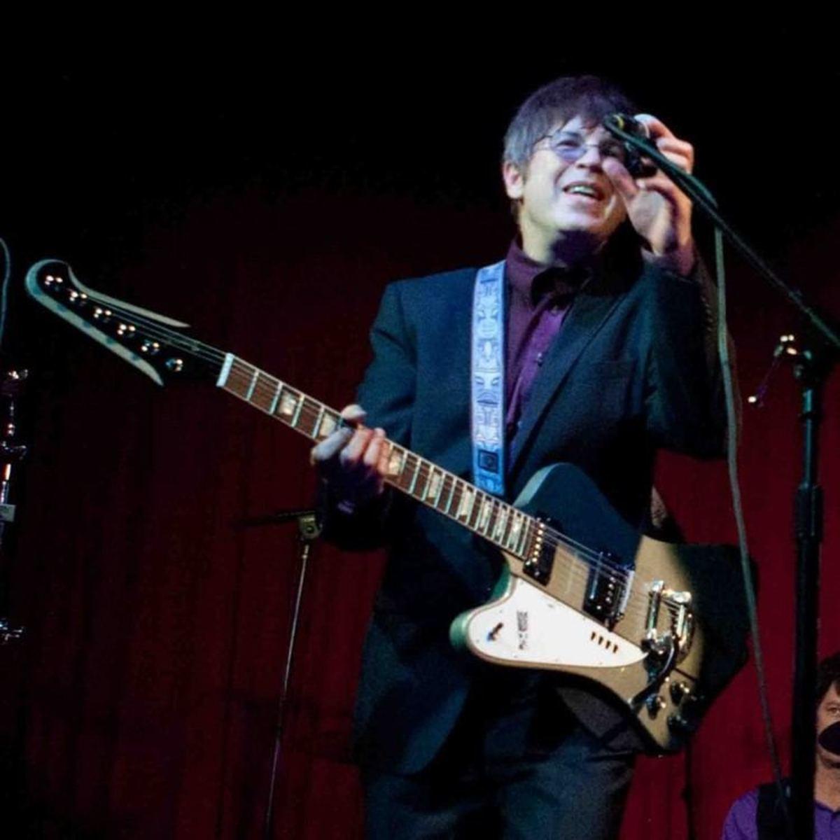 Elliot Easton on stage with his signature Gibson 'Tikibird' Firebird.