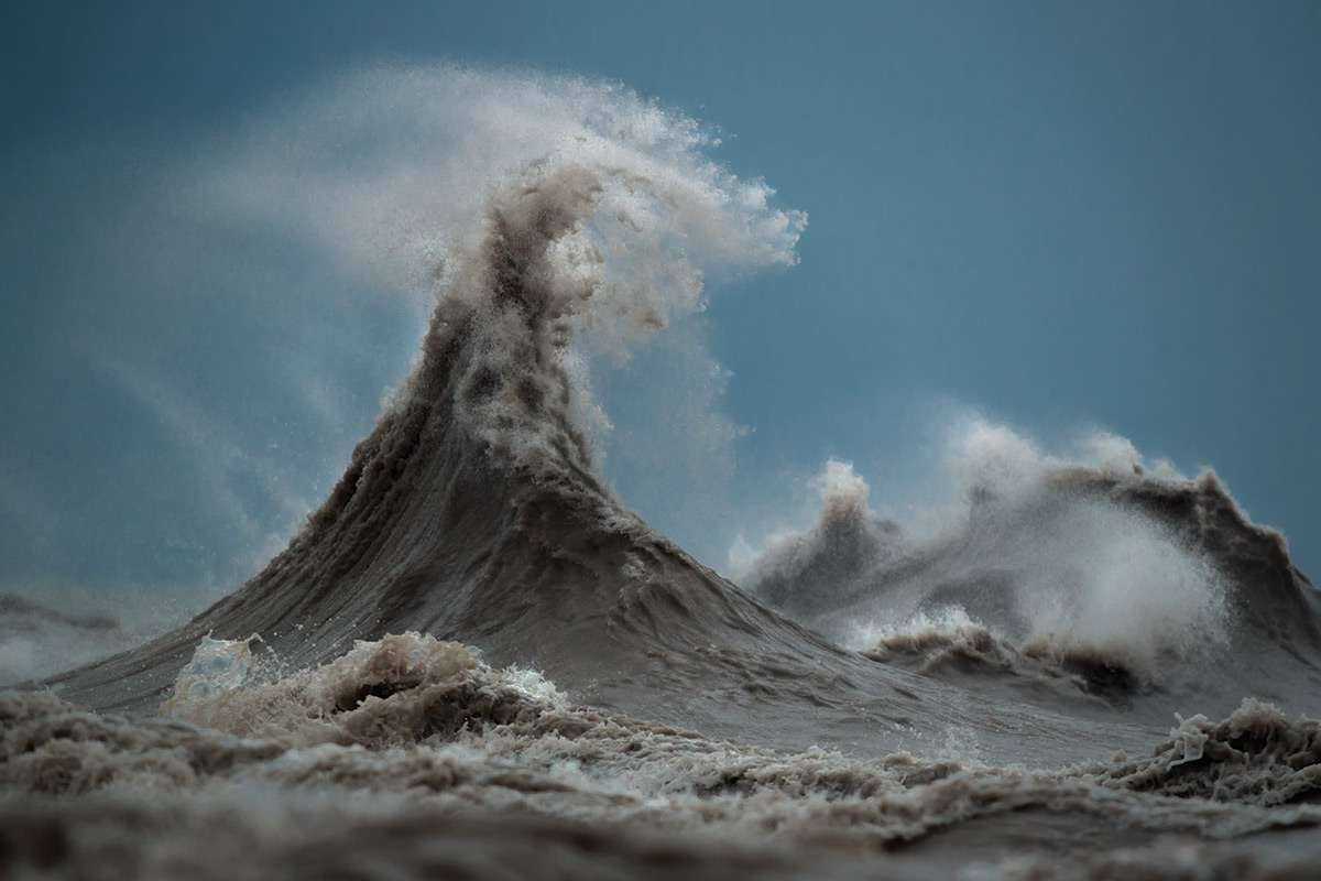 Stormy waves on Lake Erie