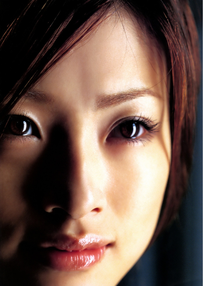 all-about-the-beautiful-movie-actress-singer-aya-ueto