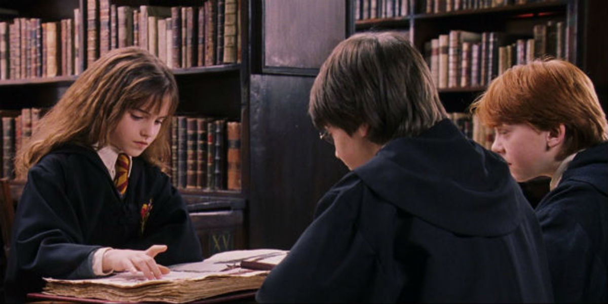 5-beloved-fictional-bookworms-in-fiction