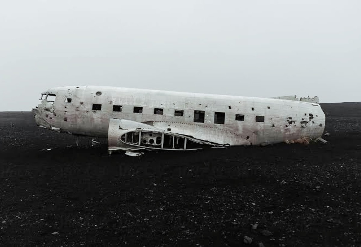 Top 5 Abandoned aeroplanes in the world