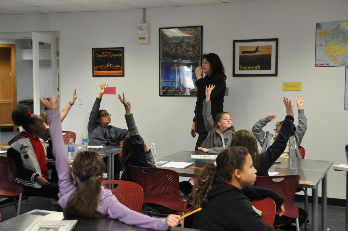 Education Theory: Constructive vs. Instructive Models of Education