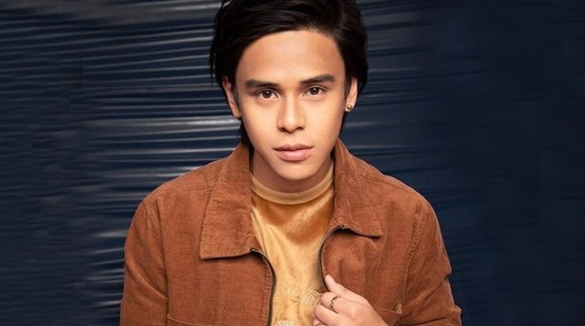 Sputnik is the 24 year old actor and singer Kalil Ramos.