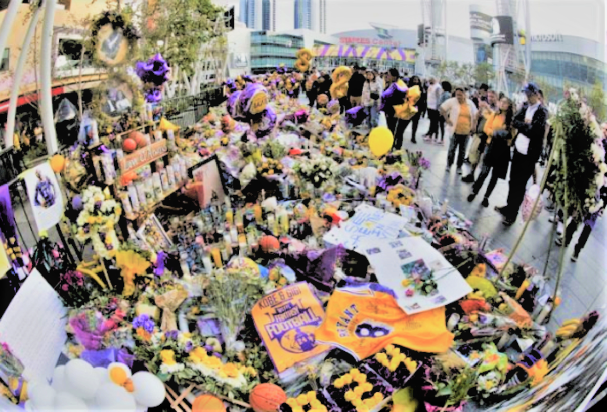 Fans Showed their Love for Kobe Bryant