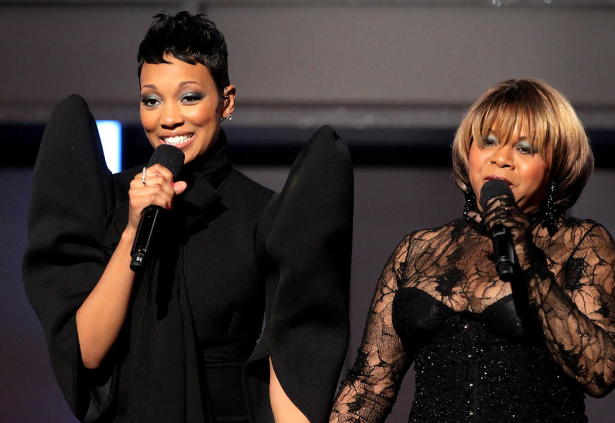 Monic Arnold (Monica) and Deniece Williams perform their song at the BET Awards