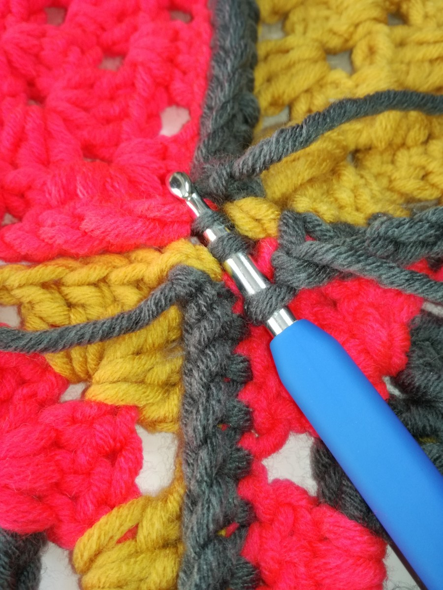 Image 7. Slip Stitch two double crochet joins together.
