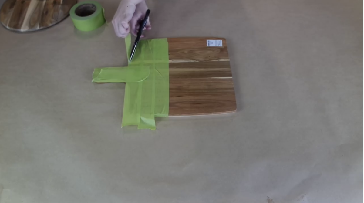 Taping chopping board for resin art DIY tutorial