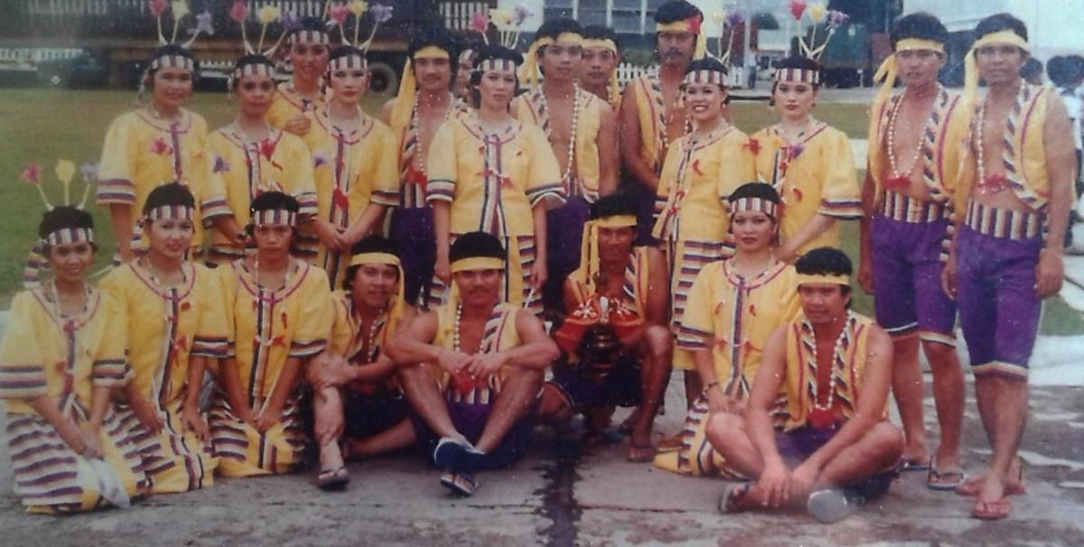 Sinulog dance group