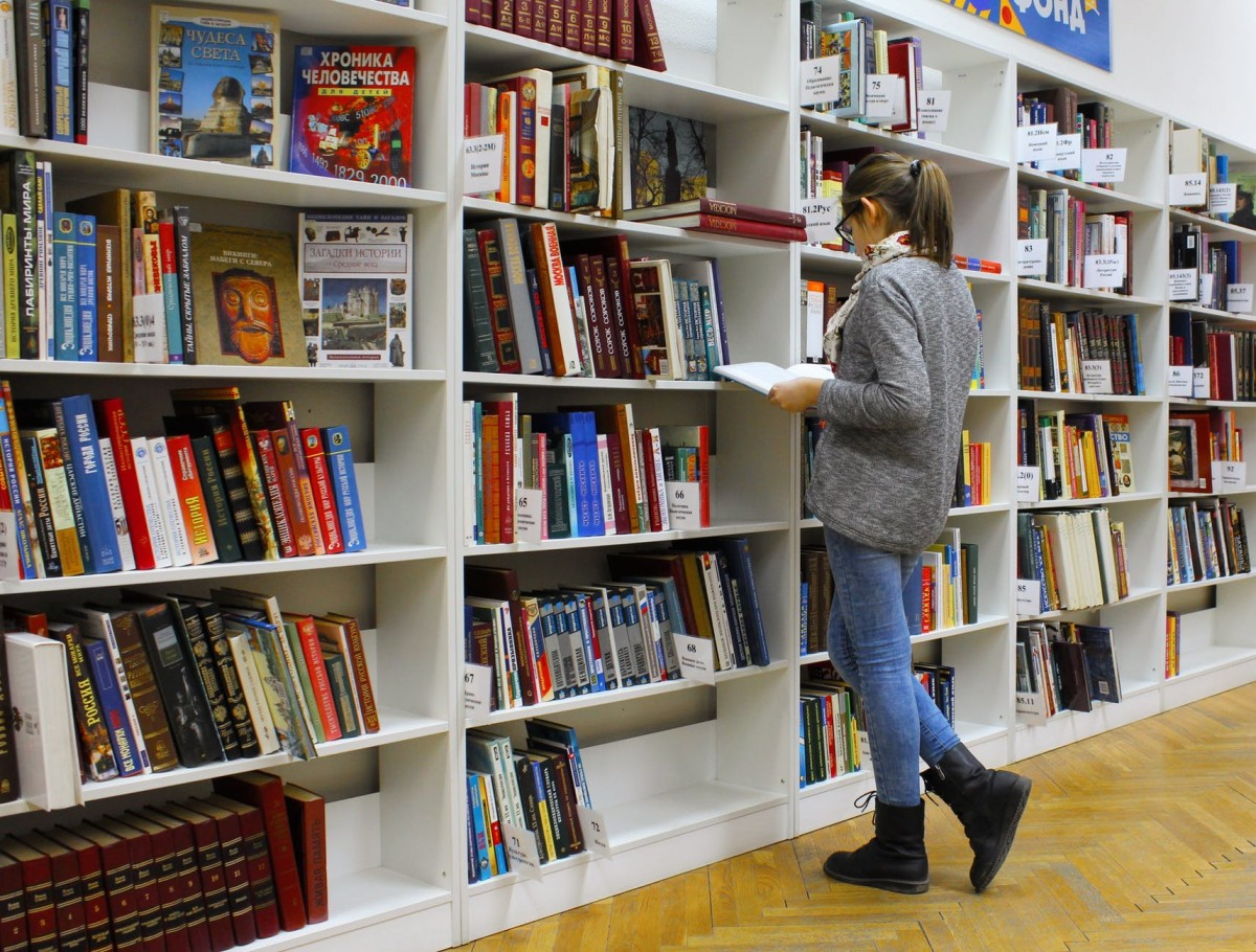 5 Benefits of Reading Books in Life