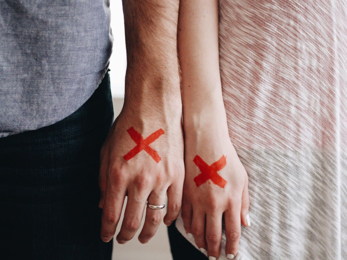 Signs your husband may no longer be in love with you.