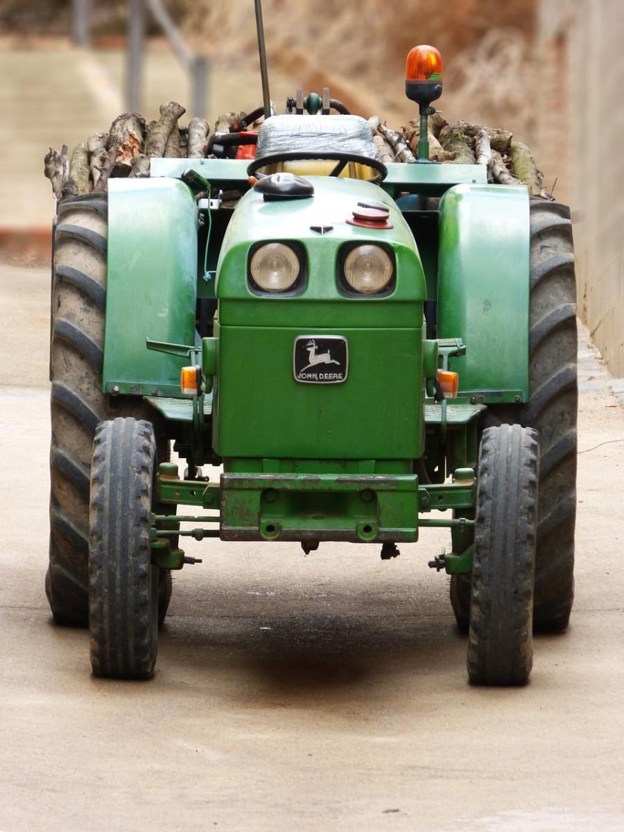 John Deere 400 Garden Tractor Overview
