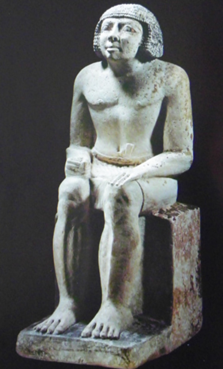Priest Djasha, serving at a royal funerary temple, statue from a Mastaba at Gizeh(Found in the Egyptian Museum, today)