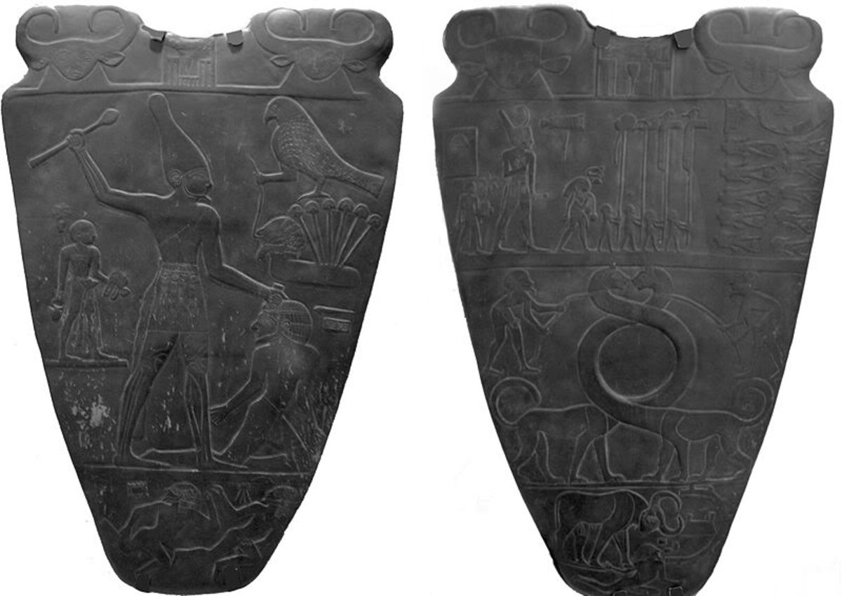 Left Palette-The Principal scene on the Narmer Palette; Right Palette-King walks among decapitated bodies of is enemies; the middle part is the intrusion of Mesopotamian part-which I do not buy-lower part of this panel shows King as royal strong bull