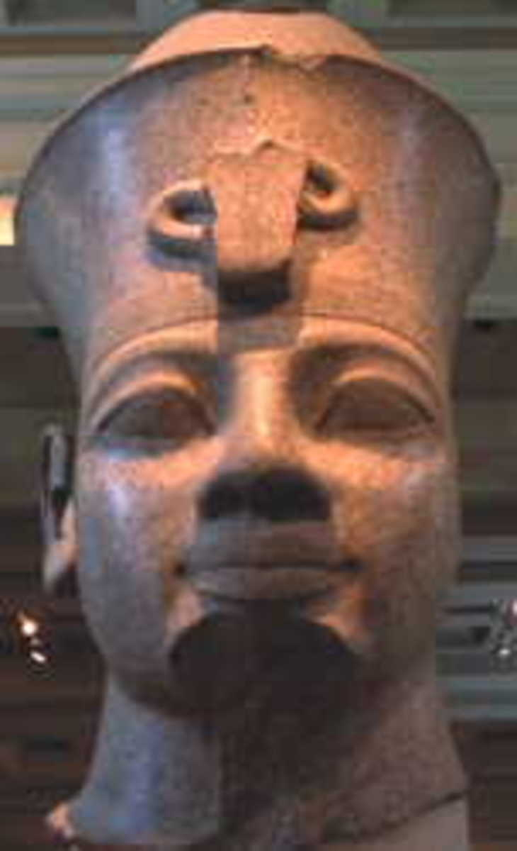 Khufu was the second Pharaoh of the Fourth Dynasty. He had nine sons and fifteen daughters, one of whom later became Queen Hetepheres II