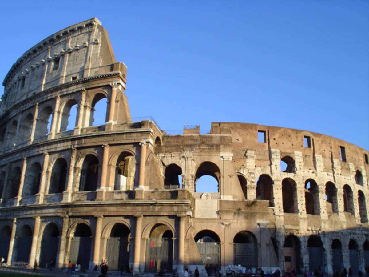 """American Express Black: """"Don't leave Rome without it."""""""