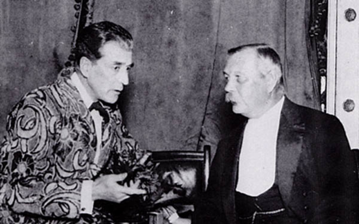 Eille Norwood with Sir Arthur Conan Doyle