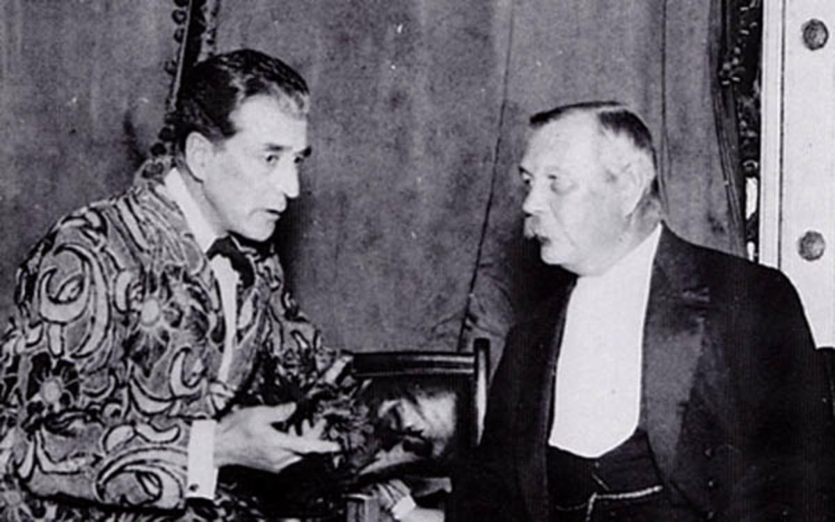 Eille Norwood with Sir Arthur Conan Doyle
