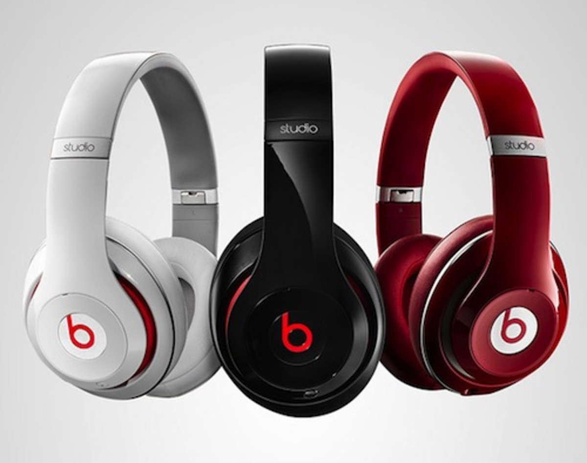 Beats headphones by Dre are amazing! The sound is of amazing quality!