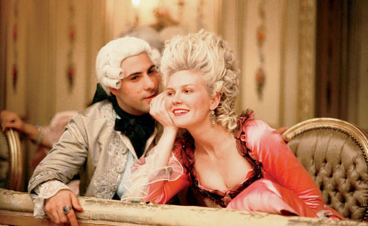 Jason Schwartzman and Kirsten Dunst as King Louie and Marie  Antoinette