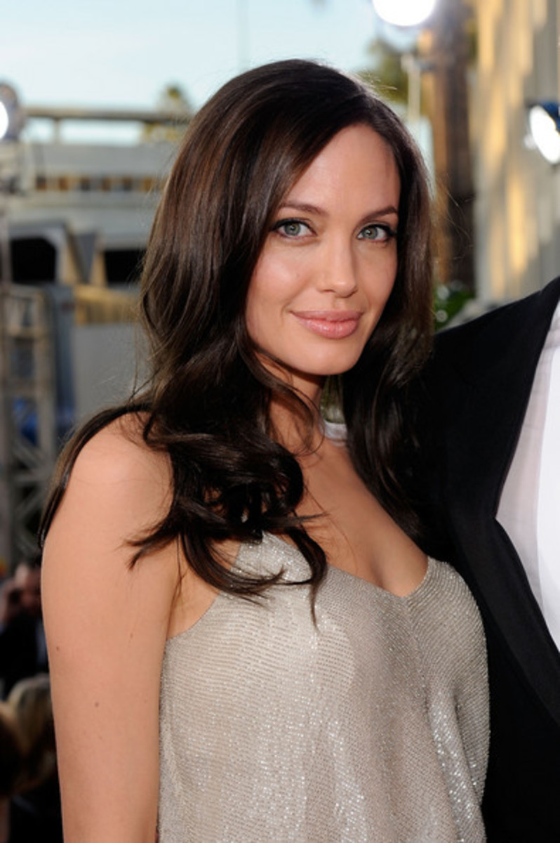 angelina jolie long layered brunette hairstyles