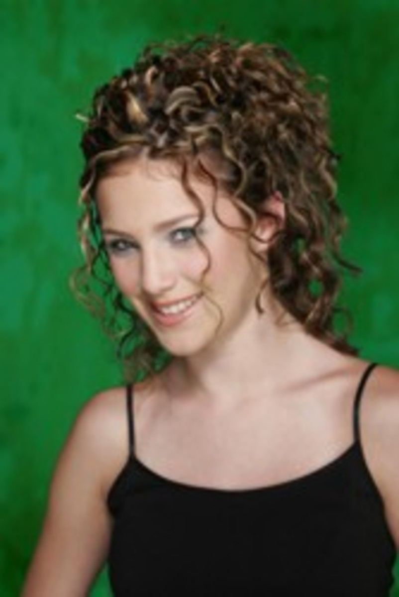 ringlet-hairstyles--a-look-back-and-their-continuing-popularity