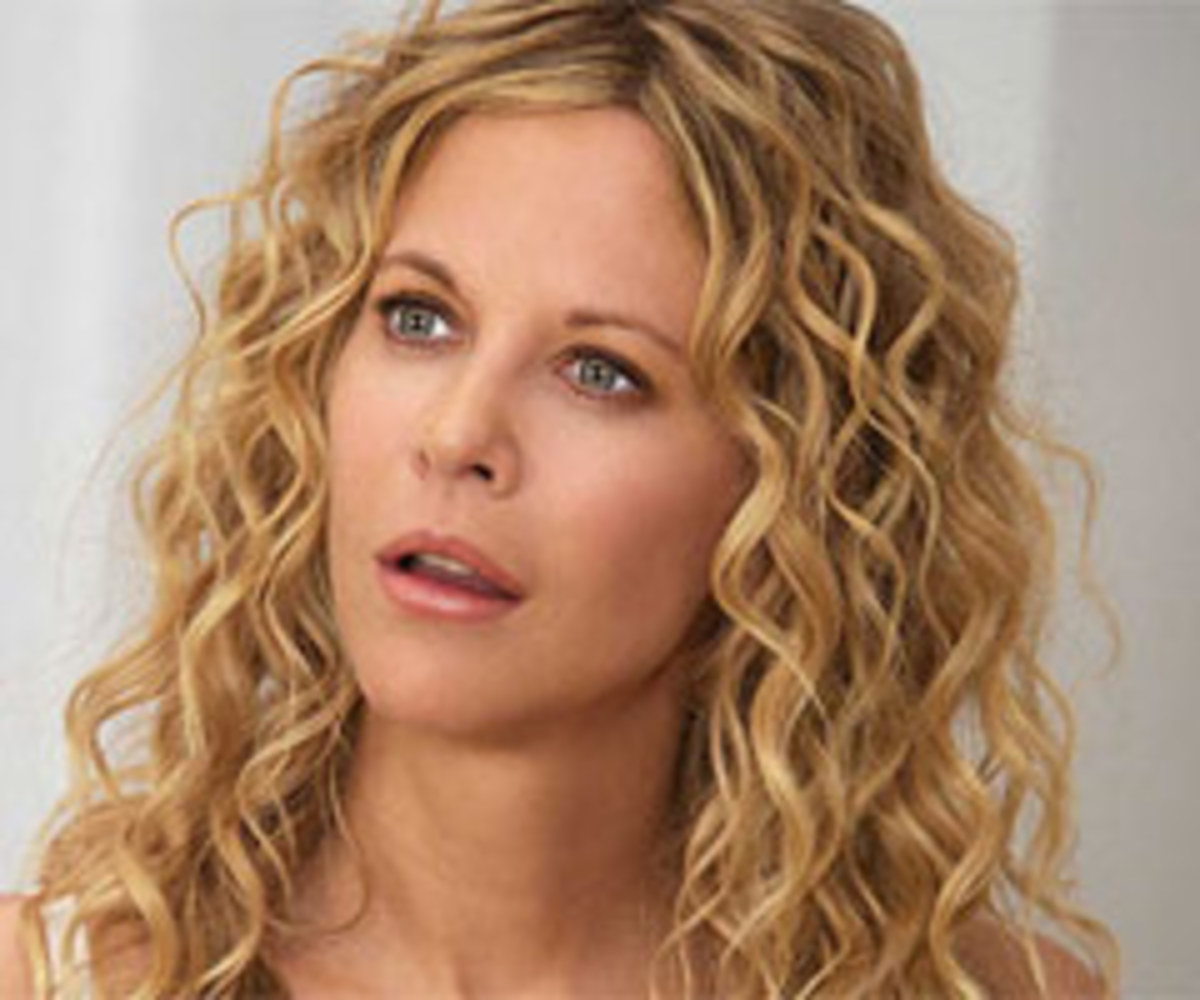 Meg Ryan goes for full head of loose ringlets in 2008 movie 'The Women'