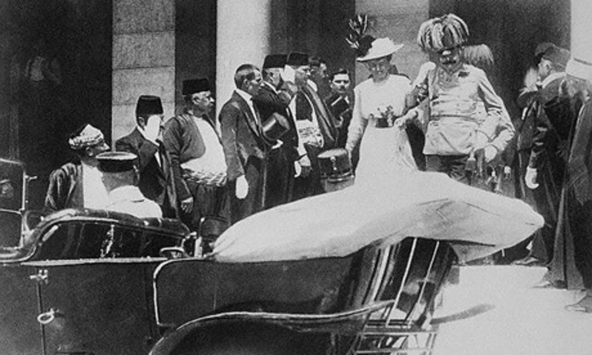 Archduke Ferdinand and his wife, Sophie, minutes before their assassination, June 28, 1914.  The event would trigger World War 1.  Image courtesy Wikimedia Commons.