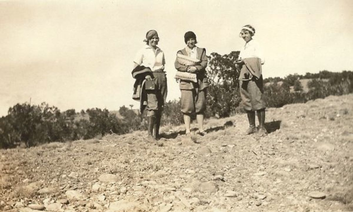 On the right is Bertha with friends or coworkers - Navajo Mission School. Bessie Ullary in the center (identified by her relative), and I thought the woman on the left could be Mabel Huffman but her great-nephew contacted me and said it isn't her.
