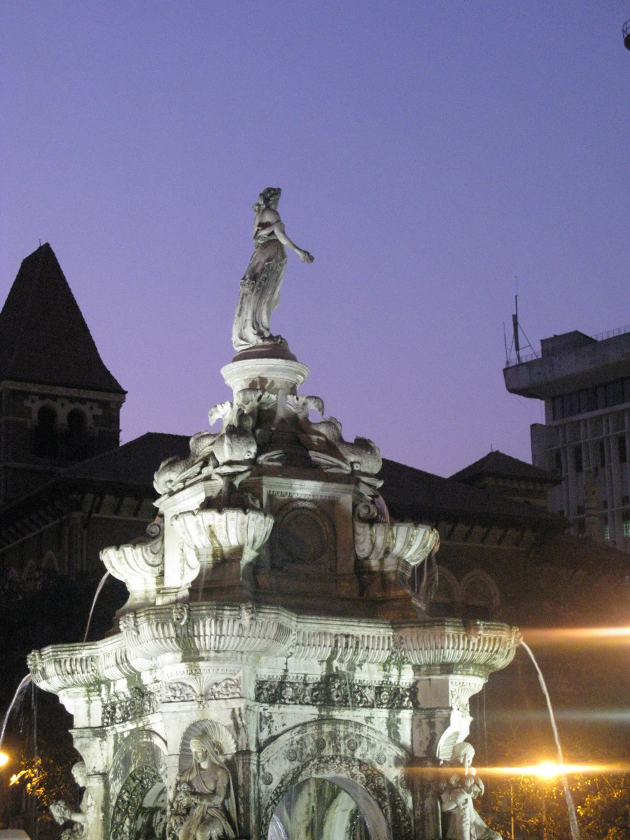 flora fountain evening view