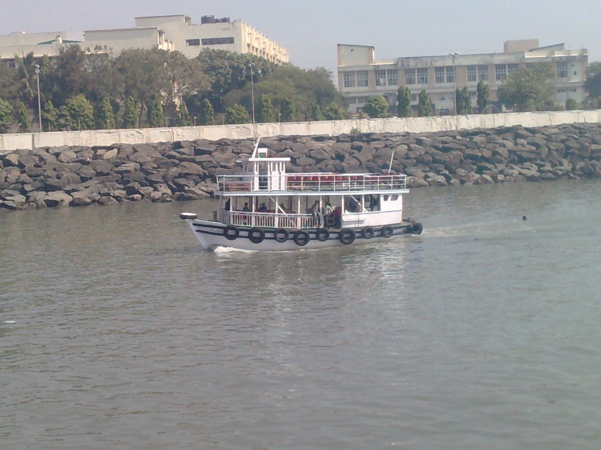 view of a boat that runs from Apollo Bunder to Elephanta Caves