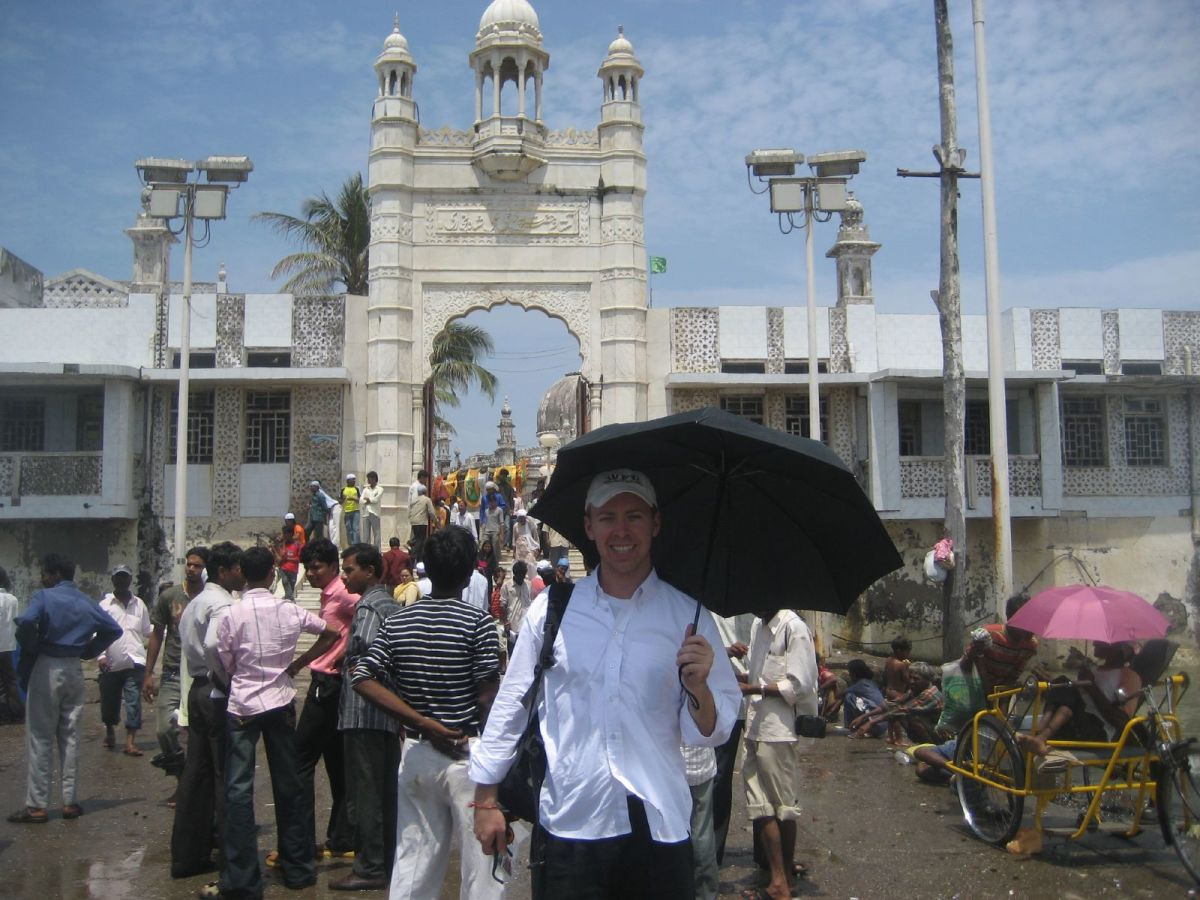 Outside the Dargah