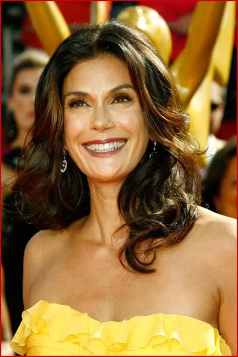 Teri Hatcher hairstyle.