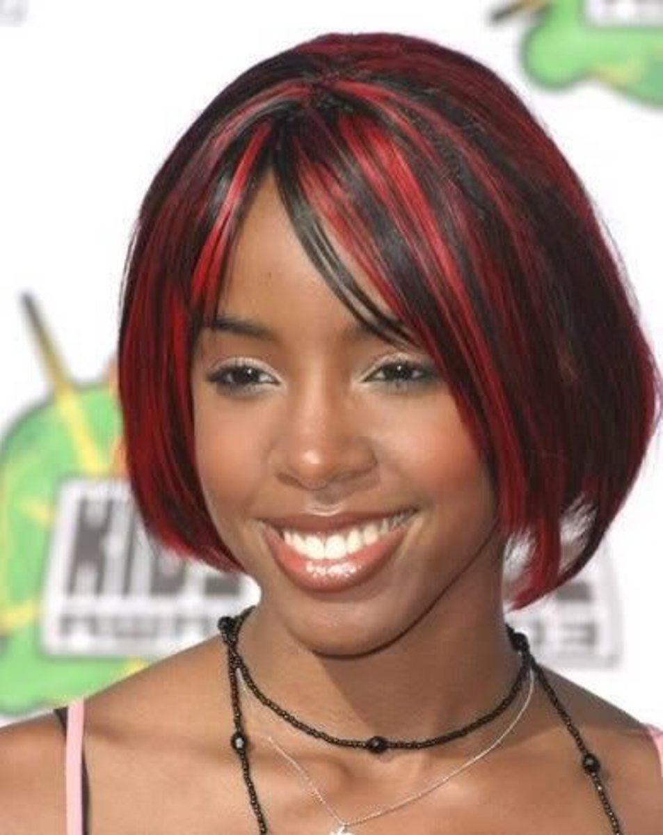 Kelly Rowland chin length hairstyle.