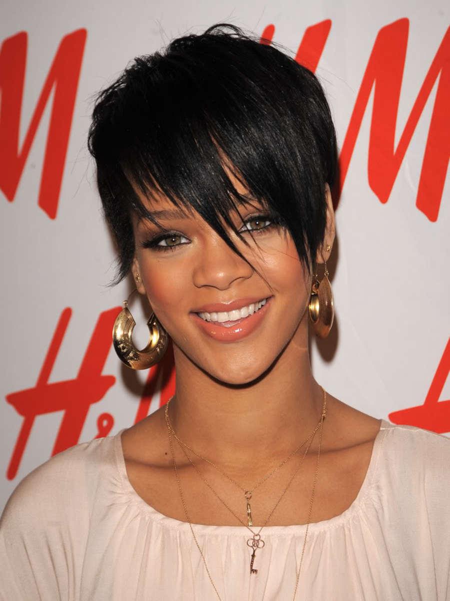 Rihanna razored fringe.