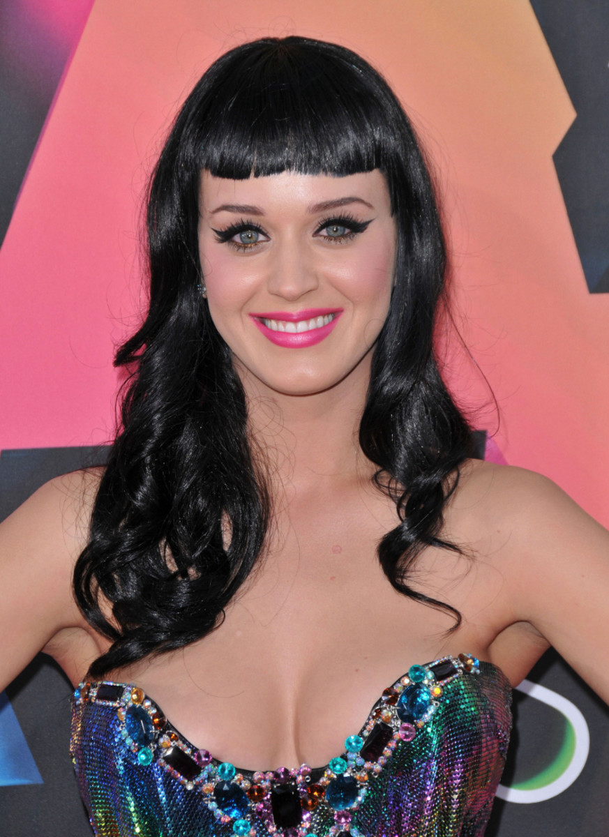 Katy Perry with Bettie Page bangs hairstyle.