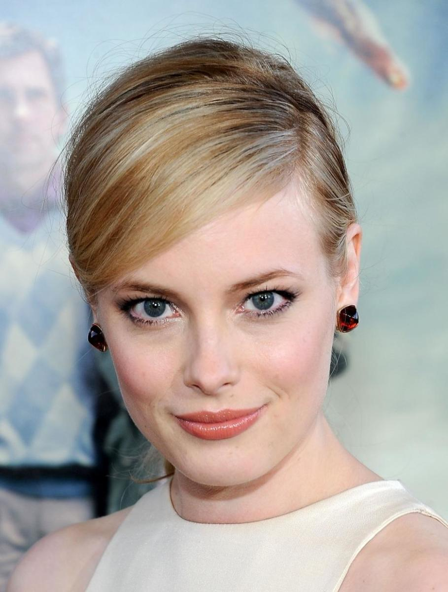 Gillian Jacobs side swept bangs.